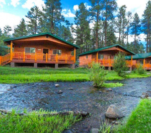 lodge in Greer AZ